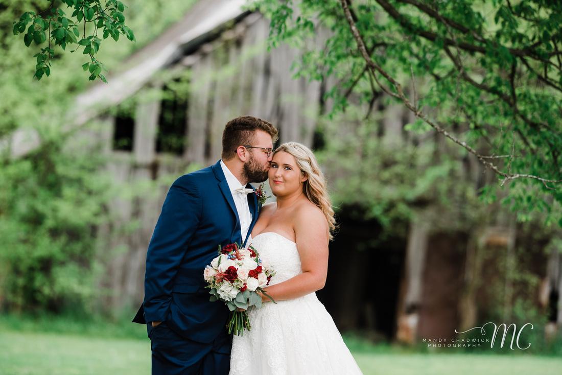 0b437c637f Adam + Savannah a Briar Rose Hill Event Venue Wedding - Bethpage